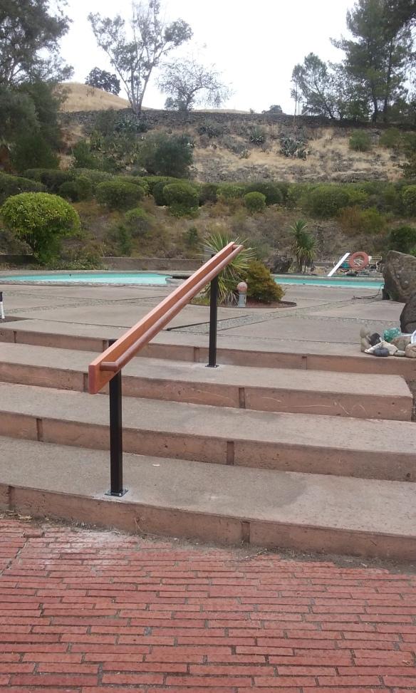 redwood-railing